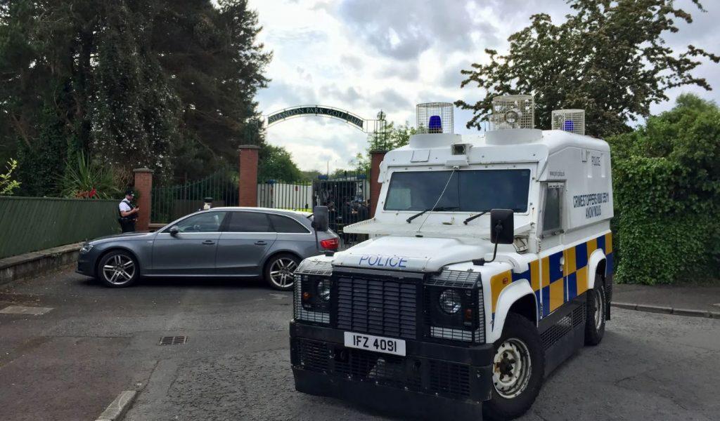 ბელფასტში პოლიციამ მანქანაზე დამონტაჟებული ბომბი აღმოაჩინა