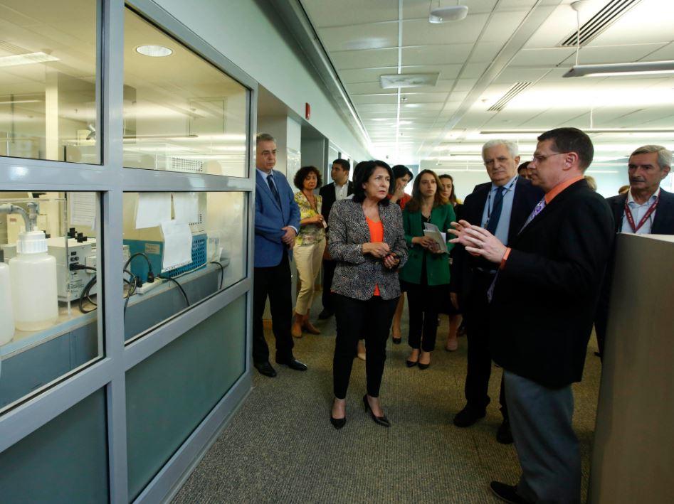 President Zurabishvili visits Lugar Laboratory