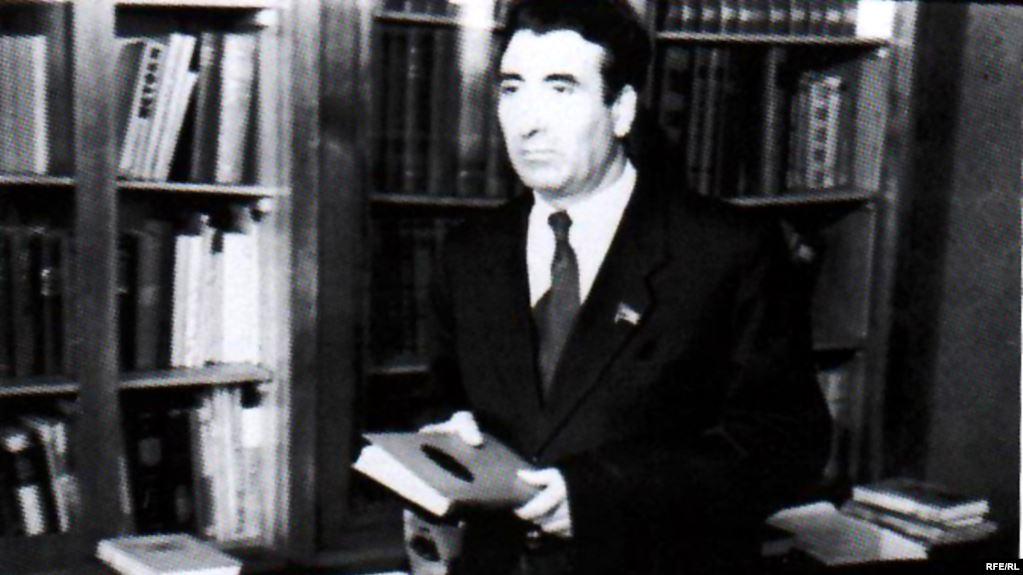 """Gürcüstan radiosunun qızıl fondundan. Mirzə İbrahimovun""""Kəndçi qızı"""" lirik komediyasının montajı"""