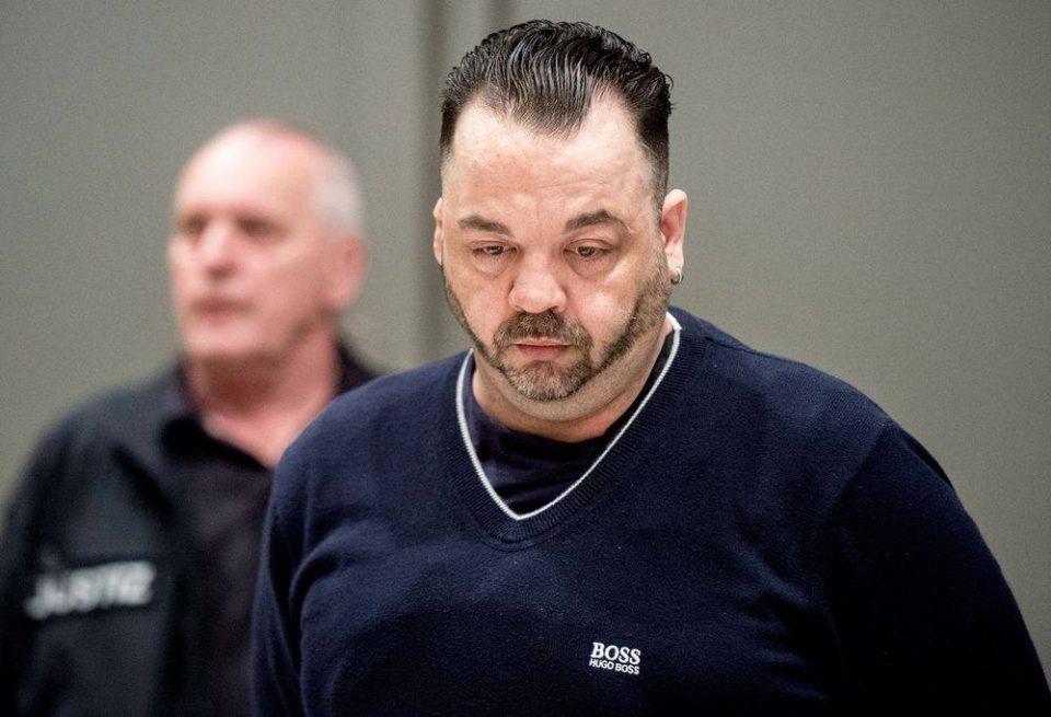В Германии приговорили к пожизненному заключению медбрата Нильса Хёгеля, который убил 85 пациентов