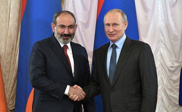 Владимир Путин и Никол Пашинян обсудили вопросы экономического сотрудничества и карабахский конфликт