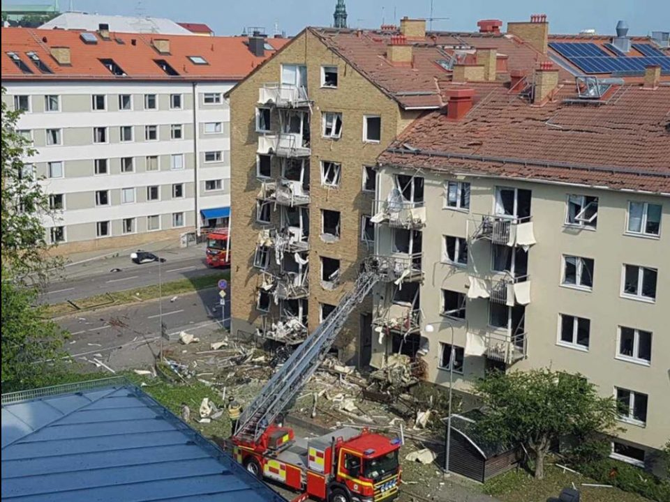 შვედეთში, მრავალსართულიან საცხოვრებელ სახლში ძლიერი აფეთქება მოხდა, არიან დაშავებულები