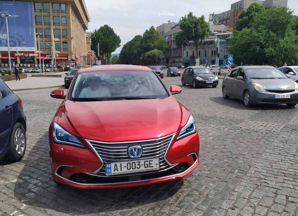 Kakha Kaladze presented the model of electric vehicle which will be produced in Kutaisi