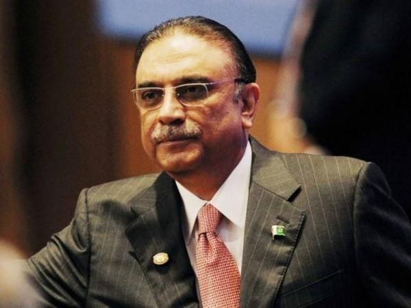 ფულის გათეთრების ბრალდებით პაკისტანის ყოფილი პრეზიდენტი დააკავეს