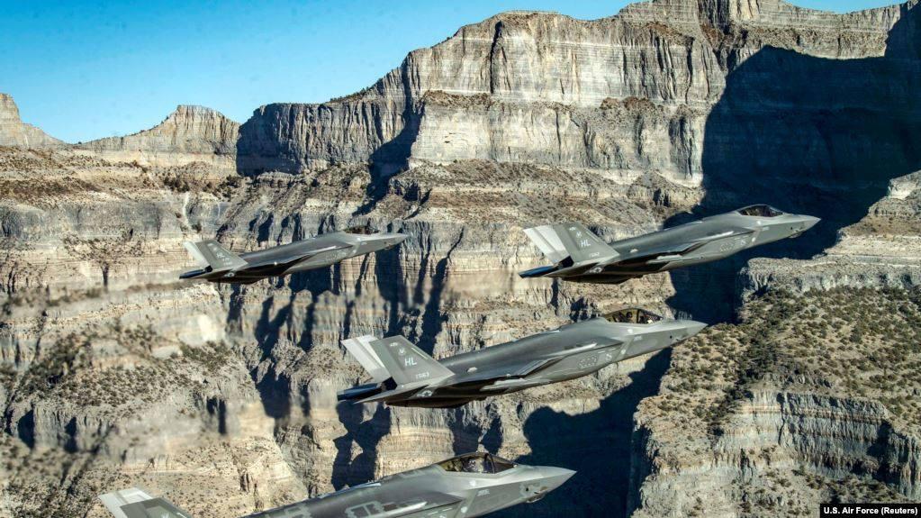 """""""ფორინ პოლისი"""" - აშშ-მა თურქ პილოტებს """"ეფ-35""""-ის ტიპის გამანადგურებლებით ფრენა აუკრძალა"""