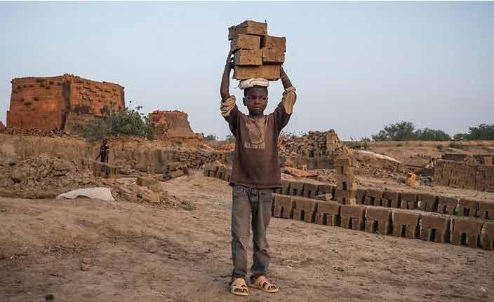 """""""იუნისეფი"""" - მსოფლიოში ყოველი მეათე ბავშვი იძულებულია, იმუშაოს"""