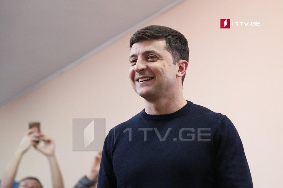 Владимир Зеленский освобождает губернаторов с должности