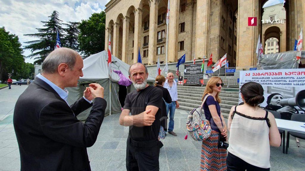 Малхаз Мачаликашвили начинает собирать подписи с требованием о создании следственной комиссии