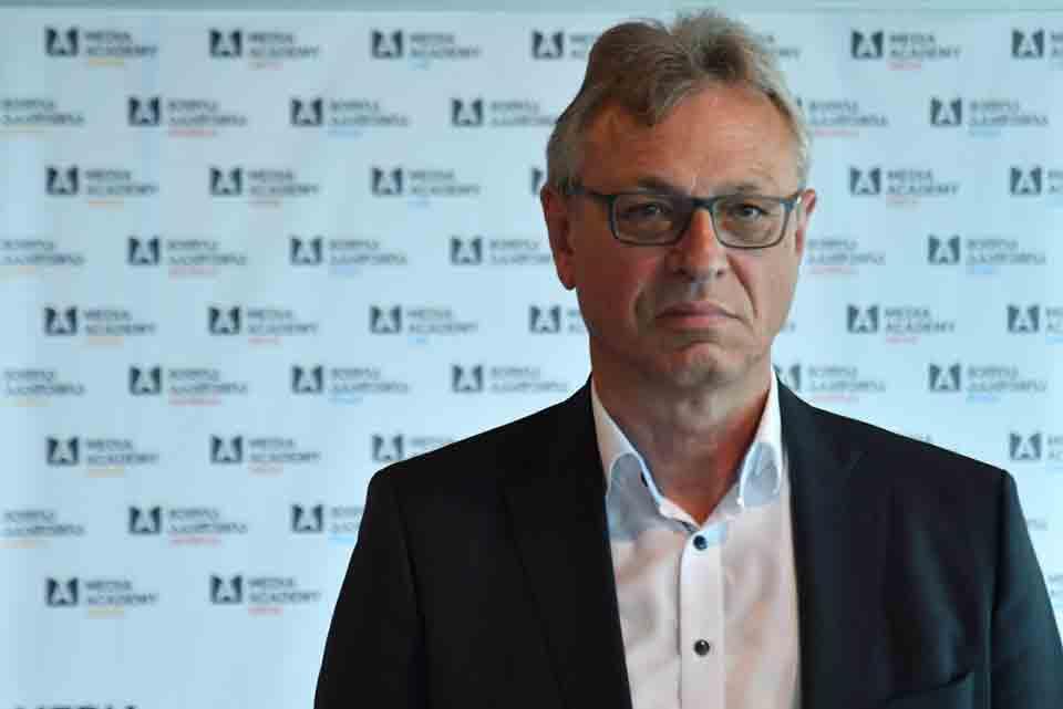 გერმანიის მარეგულირებელი კომისიის პრეზიდენტი - მედიააკადემიამუმოკლესდროშიმედია პროფესიონალებისდონისამაღლებისთვის შთამბეჭდავშედეგებსმიაღწია