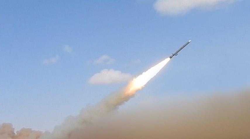 იემენელი შიიტი ჰუსიტების მიერ ქალაქ აბჰას აეროპორტის დაბომბვის შედეგად 26 ადამიანი დაშავდა