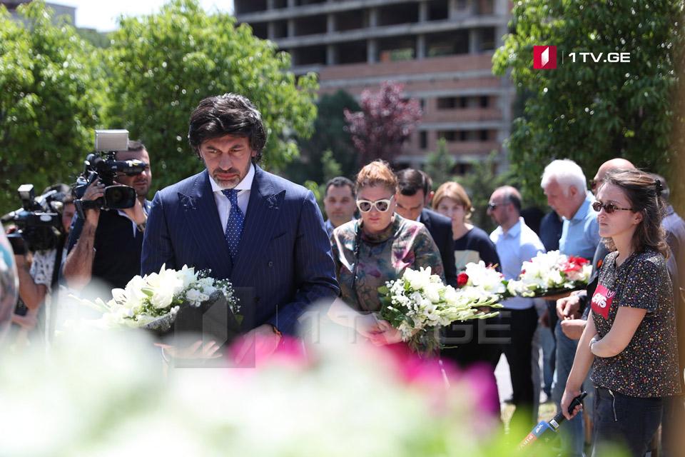 Каха Каладзе возложил венок к Мемориалу погибшим в результате стихии 13 июня