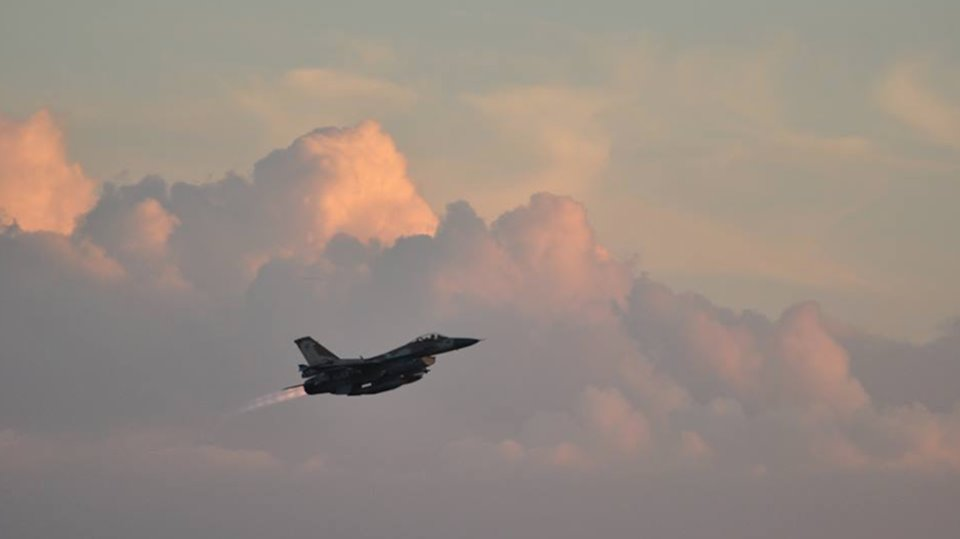 """ისრაელის სამხედრო ავიაციამ ღაზის სექტორში """"ჰამასის"""" ობიექტები დაბომბა"""
