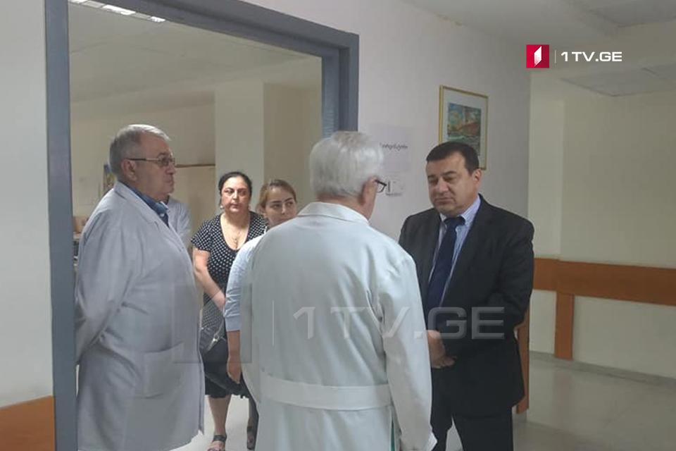ჯანდაცვის მინისტრის მოადგილე - აქციებზე სულ 240 ადამიანი დაშავდა, მათგან 102 პაციენტი კლინიკებშირჩება