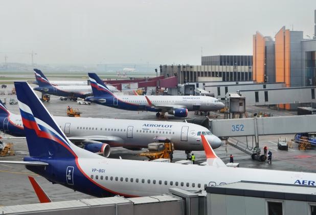 """""""კომერსანტი"""" - საქართველოში პირდაპირი ავიაგადაზიდვების აკრძალვის გამო, რუსული ავიაკომპანიები 36-დან 48 მილიონ დოლარამდე დაკარგავენ"""