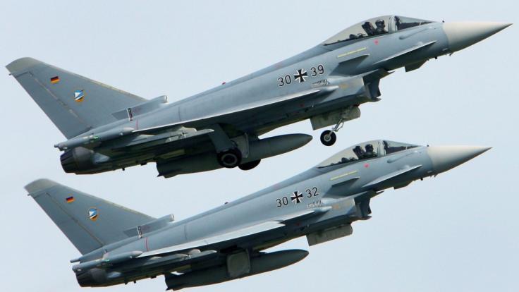 გერმანული მედიის ინფორმაციით, სასწავლო ფრენისას გერმანიაში ორი ავიაგამანადგურებელი ერთმანეთს შეეჯახა