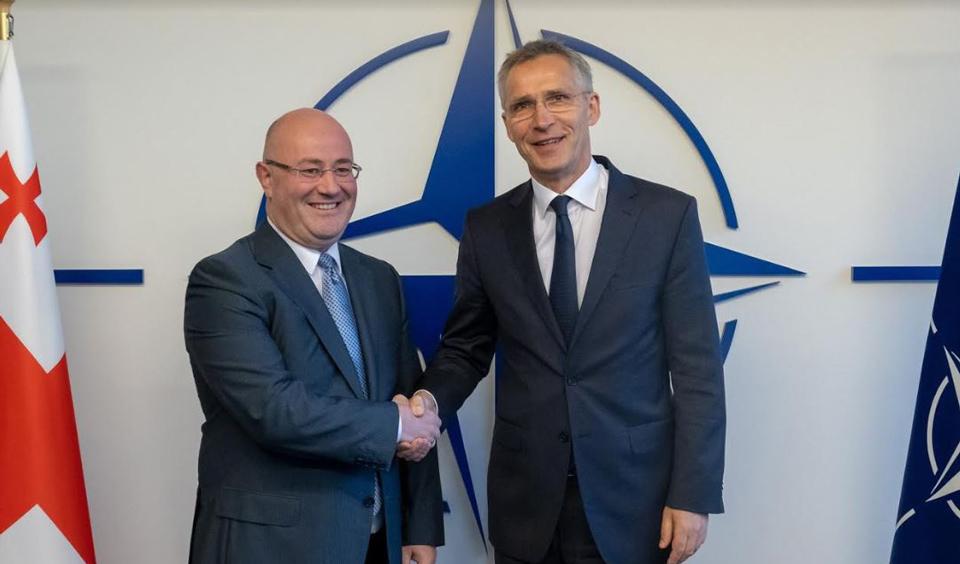 Levan Izoria met Jens Stoltenberg in Brussels