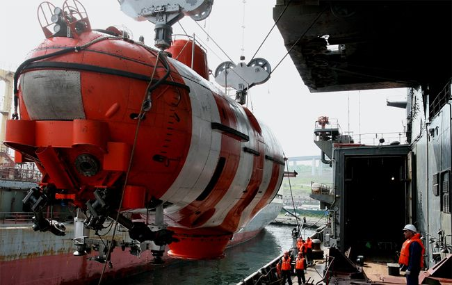 At Least 14 Killed In Fire on Russian Navy Submersible