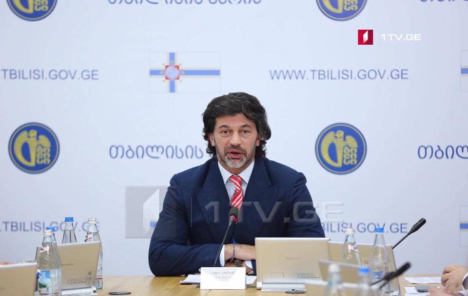 В Тбилиси планируется завезти 18- и 24-метровые автобусы и обновить парк микроавтобусов