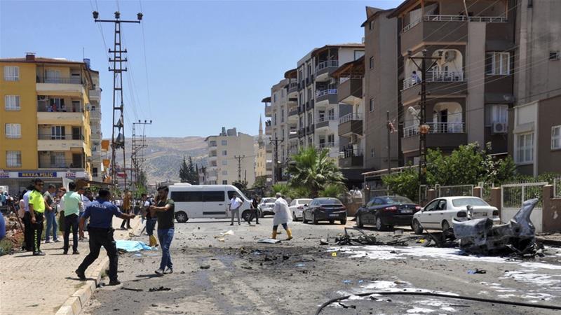 ადგილობრივი მედიის ინფორმაციით, თურქეთში, სირიის საზღვართან აფეთქების შედეგად,სამი ადამიანი დაიღუპა