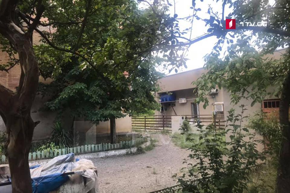 Corpse of man found in school yard in Kutaisi