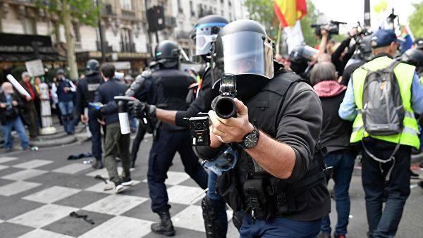 ანკარაში პოლიციამ დემონსტრანტების წინააღმდეგ ძალა გამოიყენა