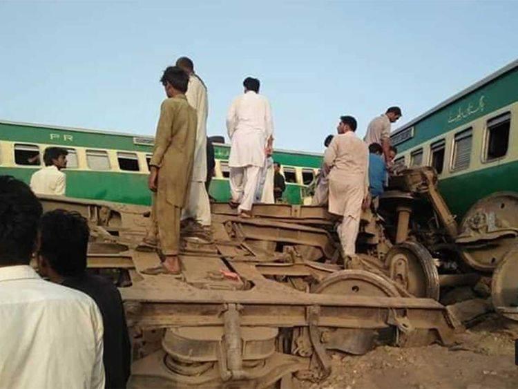 პაკისტანში, პენჯაბის პროვინციაში სამგზავრო და სატვირთო მატარებლების შეჯახებას მსხვერპლი მოჰყვა