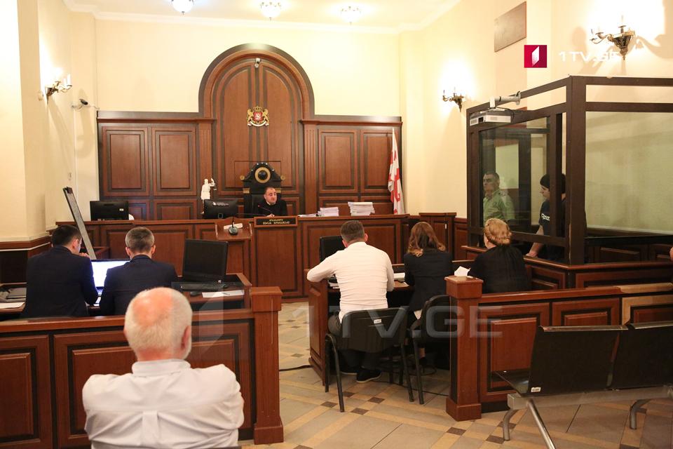 ხორავას ქუჩაზე მომხდარი მკვლელობის საქმეზე ბრალდებულ მიხეილ კალანდიას სასამართლო პროცესი დაიხურა