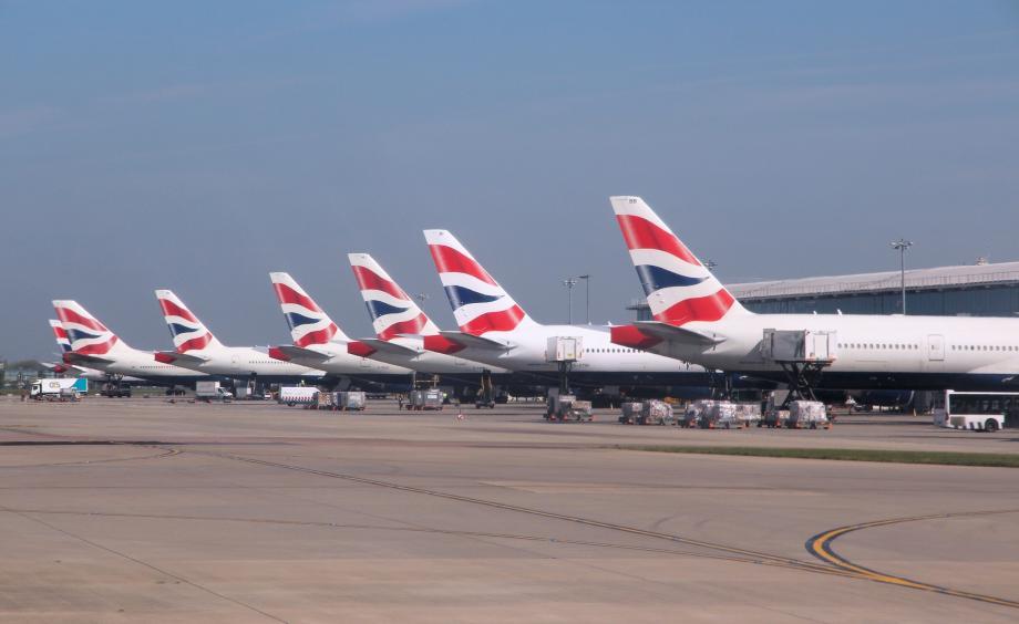 ჰითროუს აეროპორტში თვითმფრინავის ბორტზე 12 წლის ბიჭი ბილეთის გარეშე ავიდა