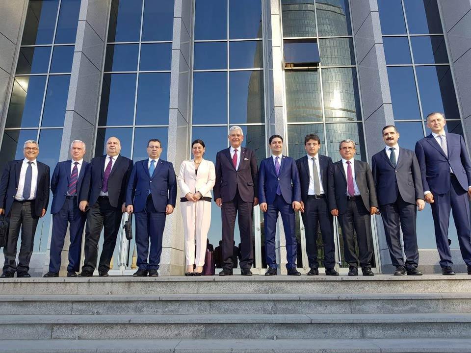 ბაქოში საქართველო-აზერბაიჯანი-თურქეთის სამმხრივი შეხვედრა გაიმართა