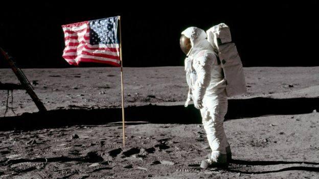 """50 წლის წინ ამერიკულმა კოსმოსურმა მისიამ """"აპოლონ 11""""-მა სტარტი აიღო"""