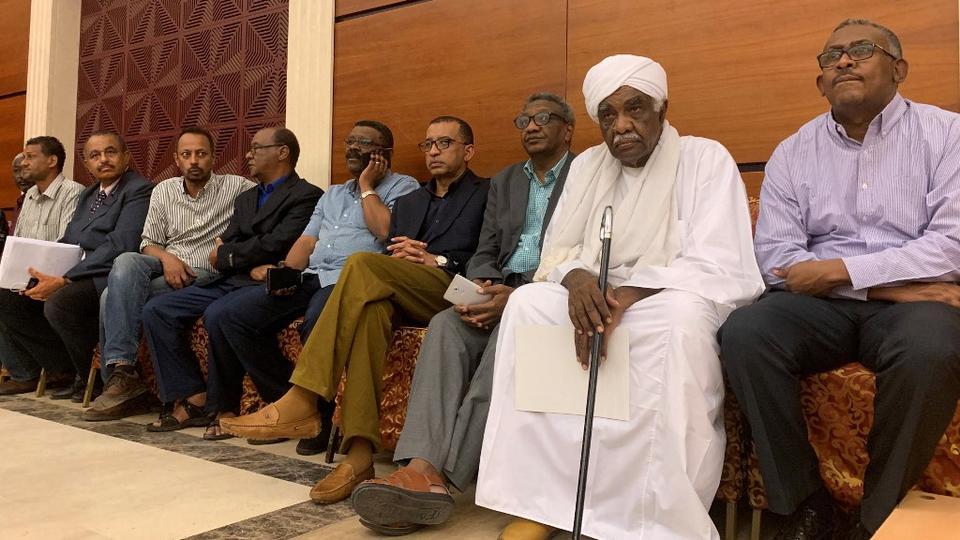 სუდანის მმართველმა სამხედრო საბჭომ და ოპოზიციამ ძალაუფლების განაწილების შეთანხმებას მიაღწიეს