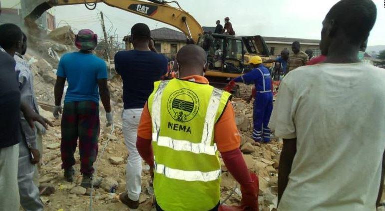 ნიგერიაში შენობის ჩამონგრევის შედეგად 12 ადამიანი დაიღუპა, ოთხი კი დაშავდა