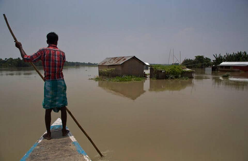 ინდოეთში წყალდიდობას 166 ადამიანი ემსხვერპლა