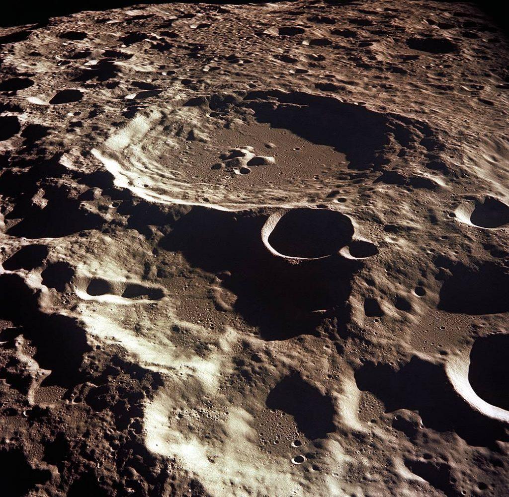 მთვარეზე იმაზე გაცილებით მეტი წყალია, ვიდრე აქამდე მიიჩნეოდა - ახალი კვლევა