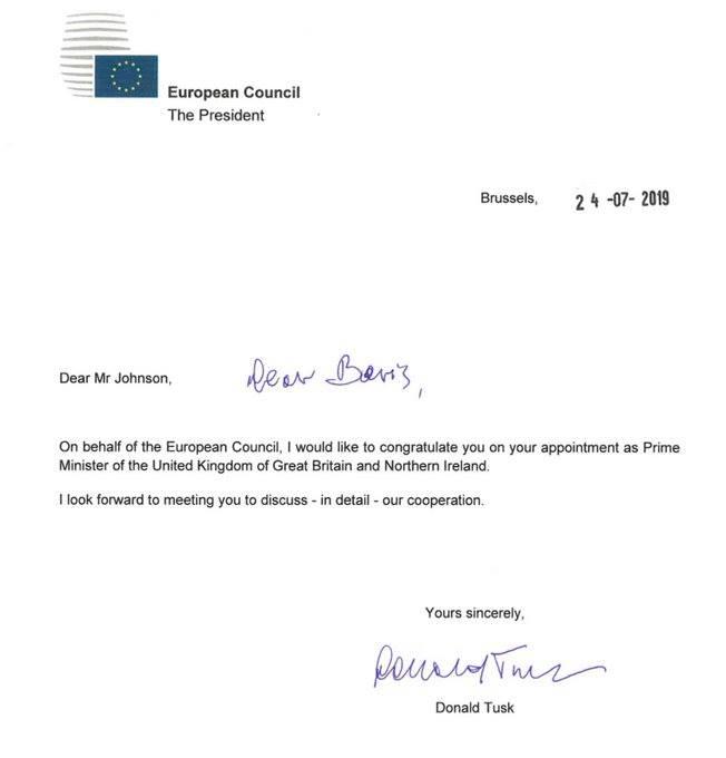 დონალდ ტუსკი ბორის ჯონსონს დიდი ბრიტანეთის პრემიერ-მინისტრის თანამდებობაზე დანიშვნას ულოცავს