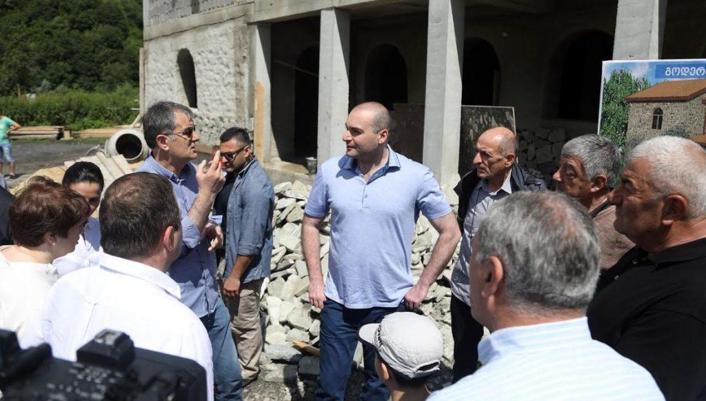 პრემიერ-მინისტრმა გუდამაყარში გოდერძი ჩოხელის სახლ-მუზეუმის მშენებლობა და მიმდინარე ინფრასტრუქტურული პროექტები დაათვალიერა
