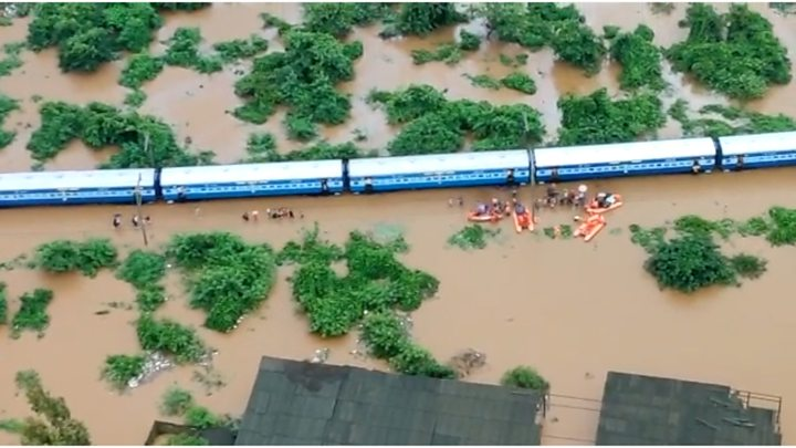 Rescuers evacuate 700 passengers from flooded India train