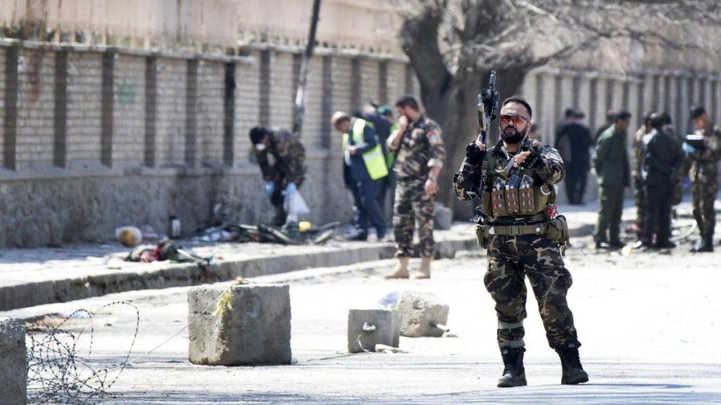 В результате теракта в Афганистане погибли 34 человека, 17 пострадали