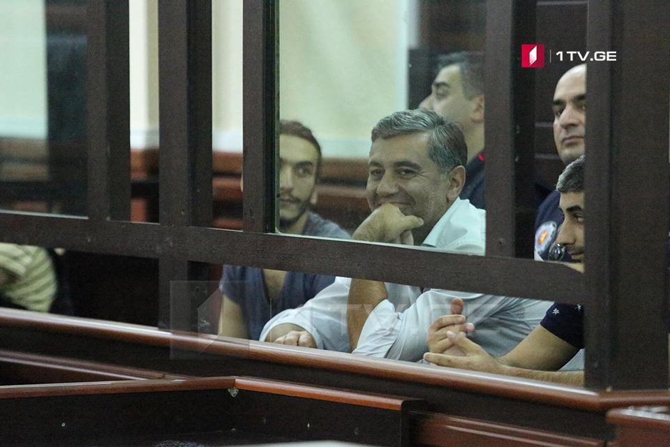 Դատարանը Իրակլի Օքրուաշվիլիին թողել է բանտարկության մեջ