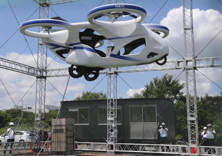 იაპონიაში მფრინავი მანქანა წარმატებით გამოსცადეს