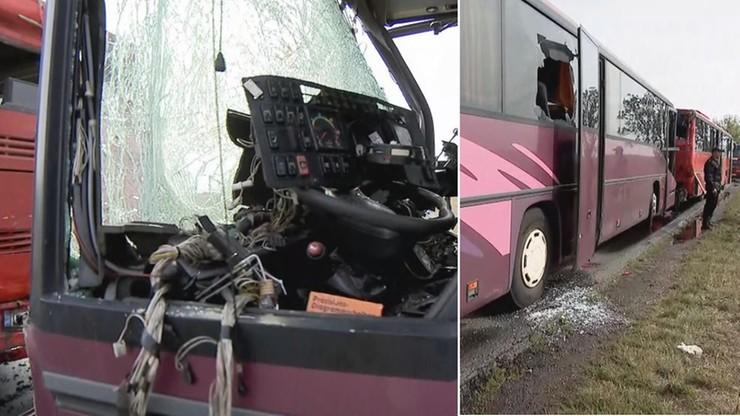 პოლონეთში ერთმანეთს ორი ავტობუსი შეეჯახა