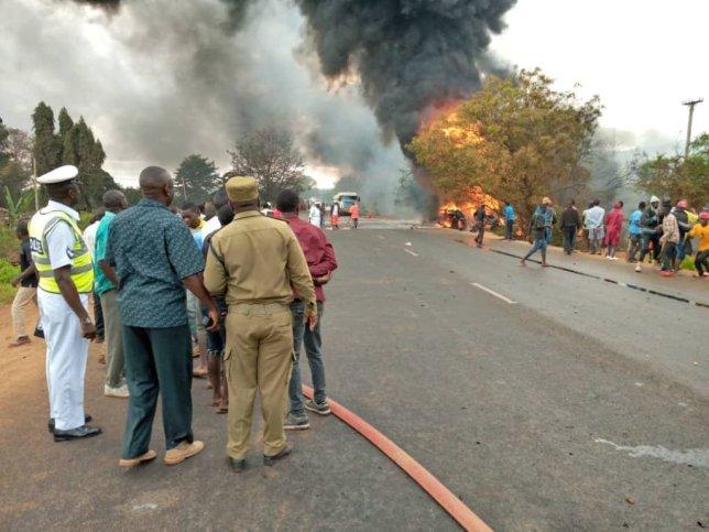 ტანზანიაში ავტოცისტერნა აფეთქდა, დაღუპულია 57 ადამიანი
