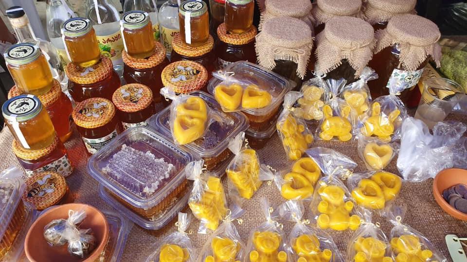 ბათუმის ბულვარში თაფლის ფესტივალი გაიმართა