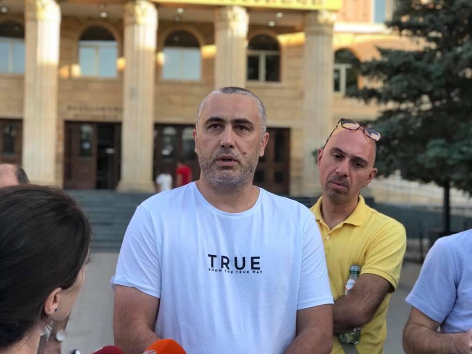ბეჟან ლორთქიფანიძე პატიმრობიდან გაათავისუფლეს