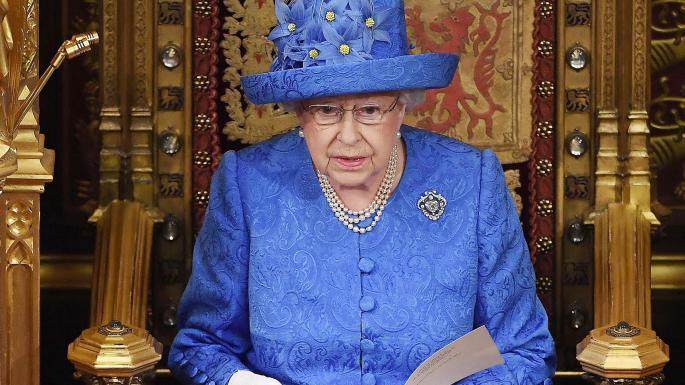 """""""სანდი თაიმსი"""" - ბრიტანეთის დედოფალი ქვეყნის პოლიტიკოსებით იმედგაცრუებულია და მიაჩნია, რომ ქვეყნის მართვა არ შეუძლიათ"""