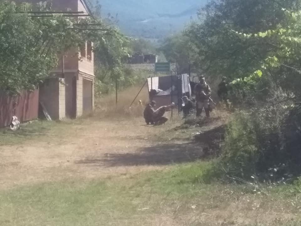 Российские военные возобновили работы у села Гугутианткари, за линией оккупации могут оказаться еще два дома