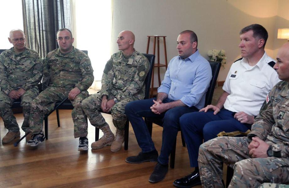 Мамука Бахтадзе - Строительство квартир для военных контрактников будет завершено будущем году