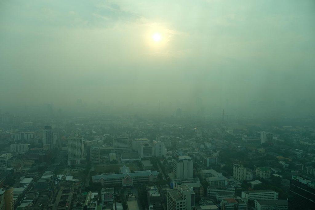 ქალაქის დაბინძურებული ჰაერის სუნთქვა იგივეა, რაც დღეში ერთი კოლოფი სიგარეტის მოწევა - ახალი კვლევა