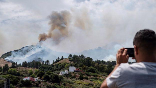 კანარის კუნძულებზე ცეცხლი 10 ათას ჰექტარზეა გავრცელებული