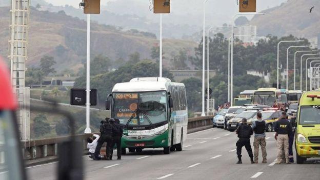 რიო-დე-ჟანეიროშიმძევლად აყვანილი პირები გაათავისუფლეს